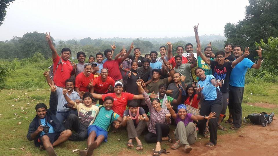 volunters group pic - Jawdhu marathon